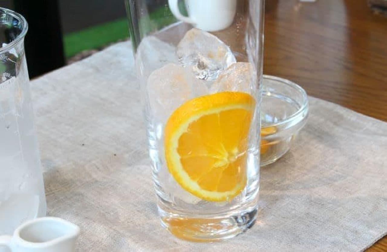 アレンジレシピ「アイスコーヒーwithオレンジ」