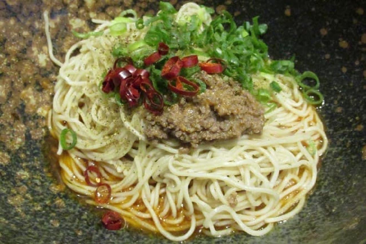 広島式汁なし担担麺