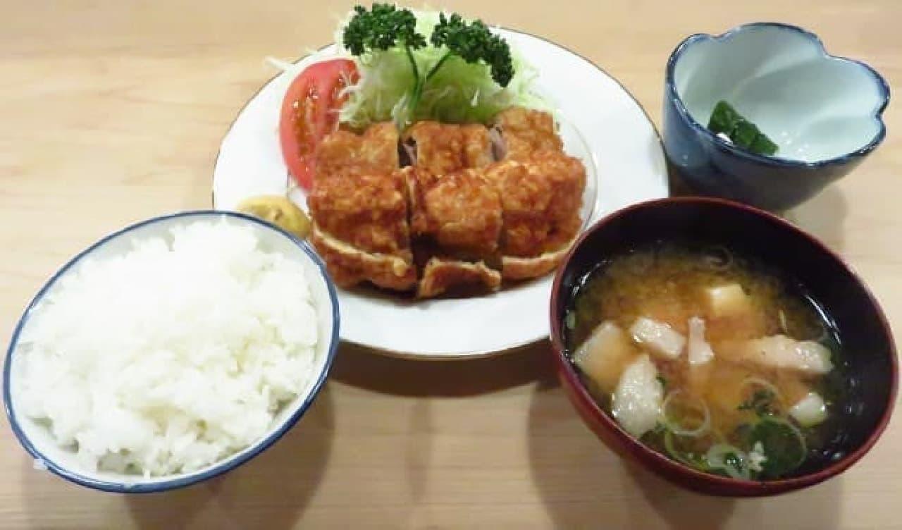串かつ定食のイメージ