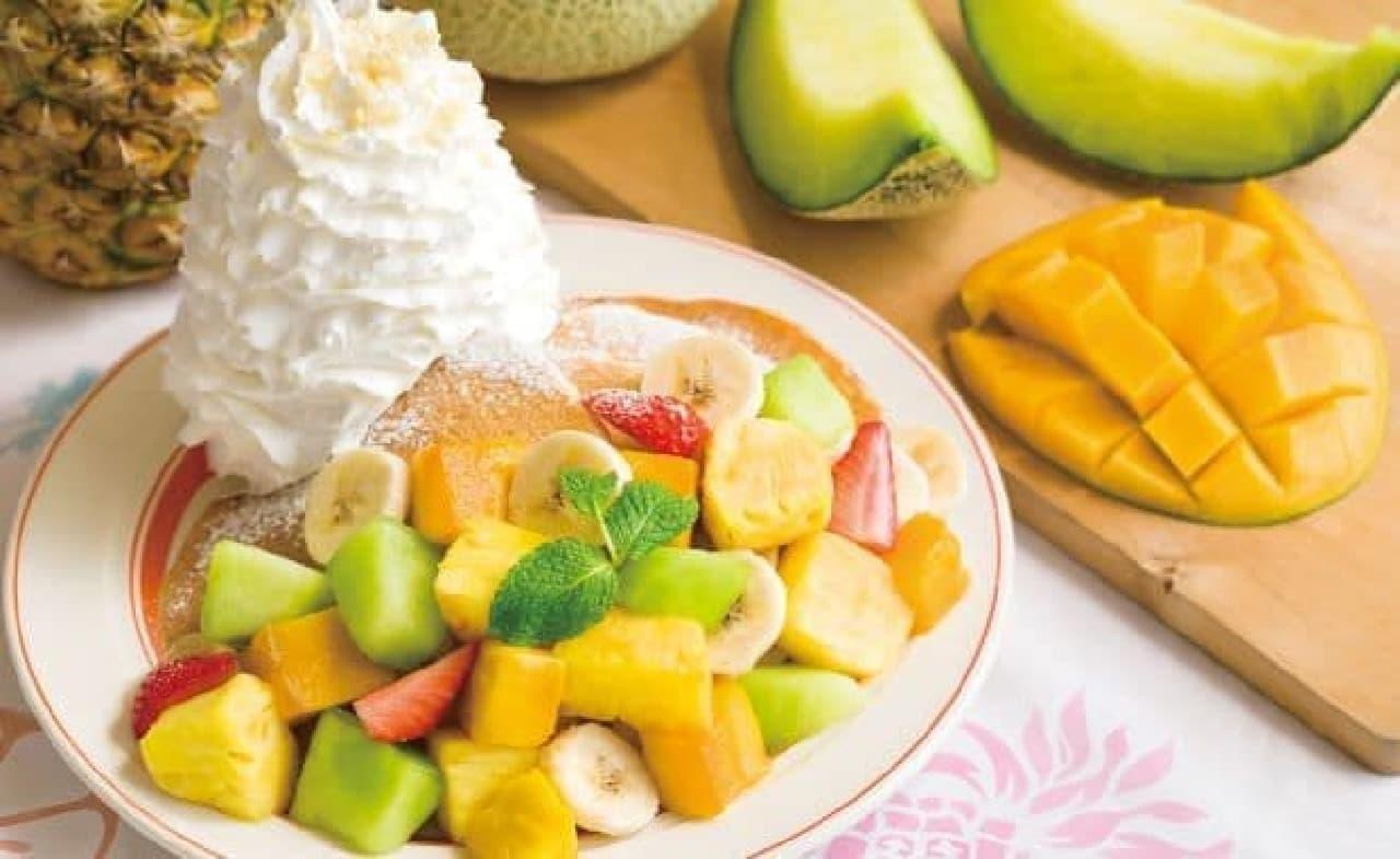 エッグスンシングス「サマーフルーツパンケーキ」
