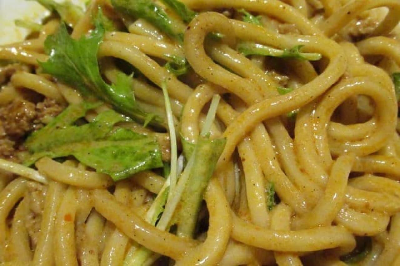 三田製麺所の「汁なし担々麺」