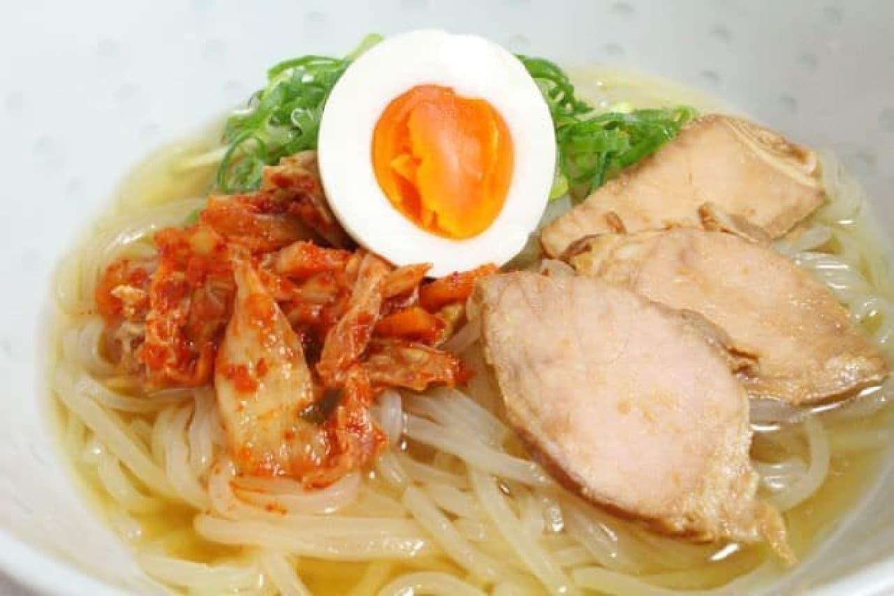 セブン「本場 盛岡冷麺」