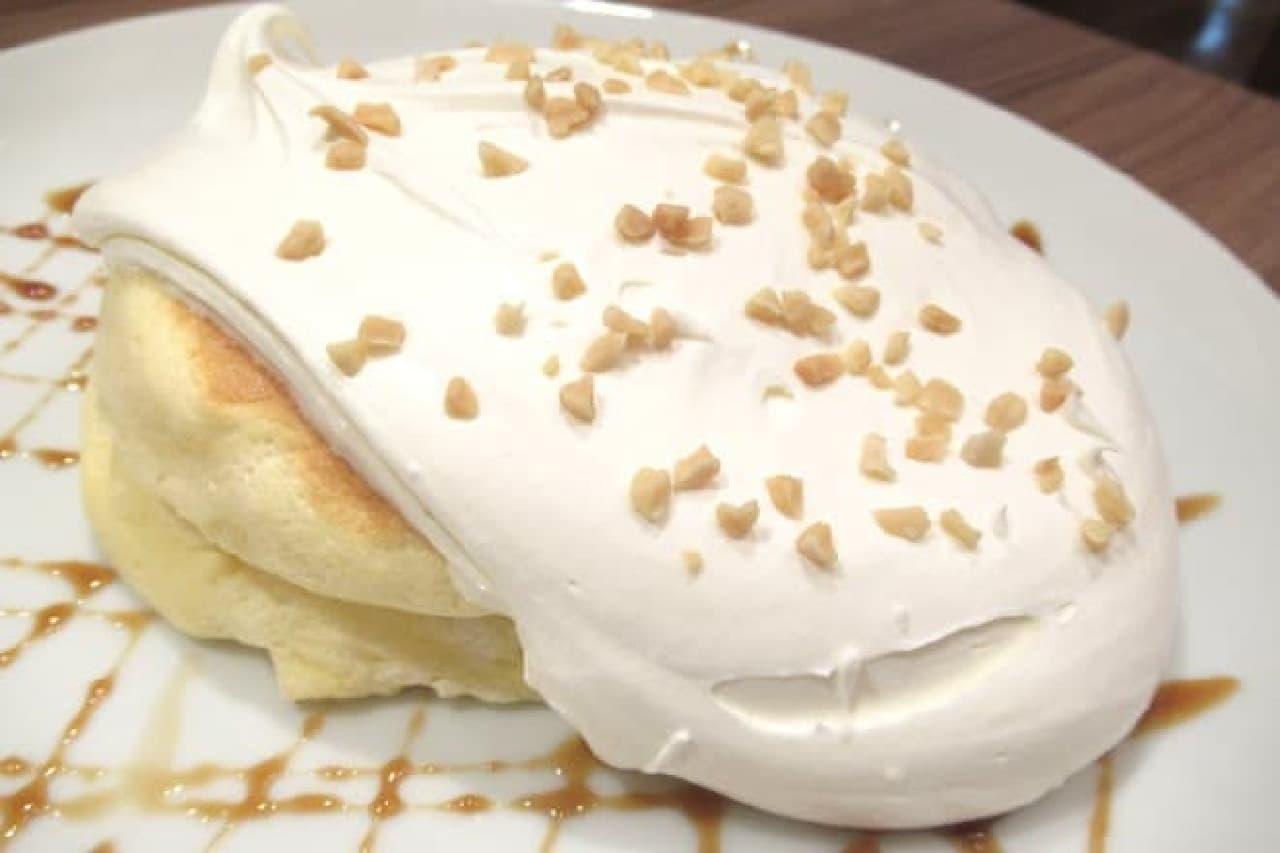 高倉町珈琲の「特製クリームのリコッタパンケーキ」