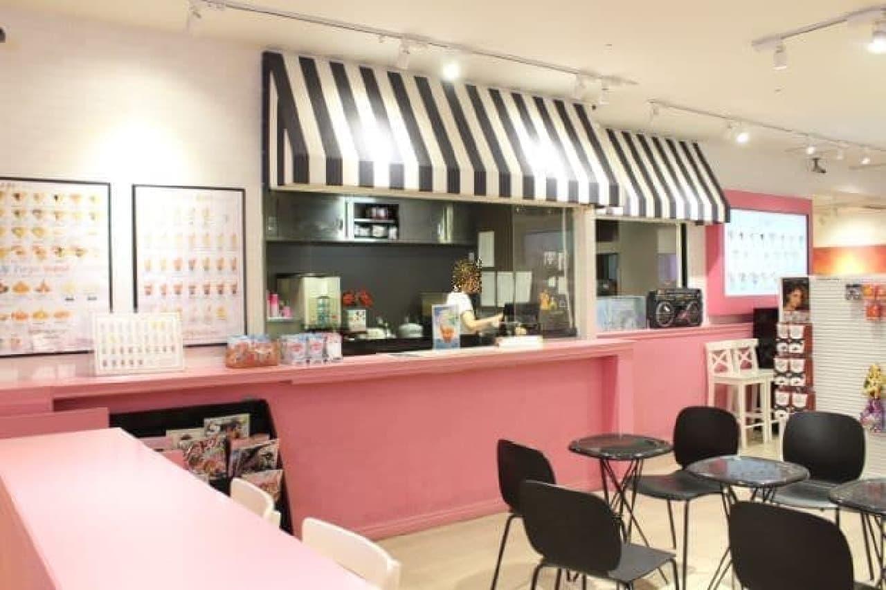 渋谷「SBY」のカフェスペース