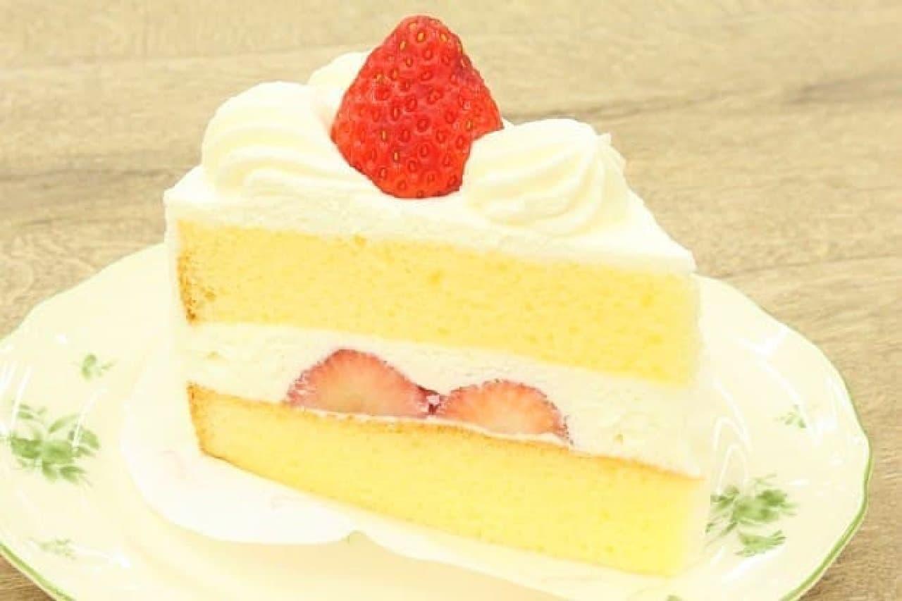 銀座コージーコーナー「苺のショートケーキ」