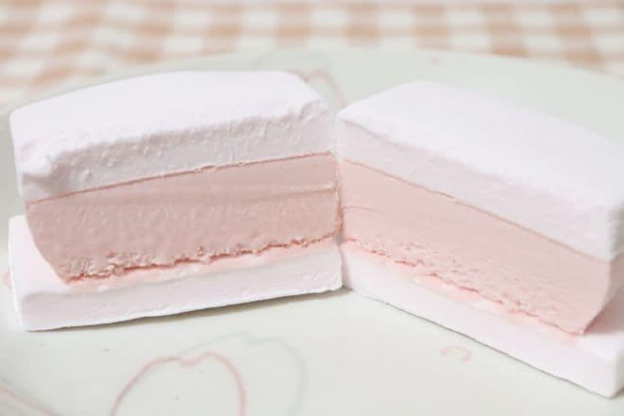 赤城乳業「マシュマロアイスでしゅ。いちご味」