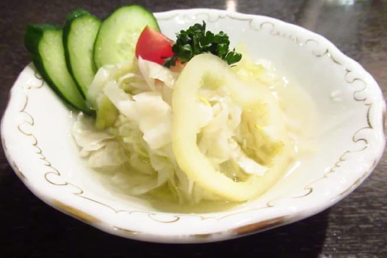 アズフィノムのサラダ