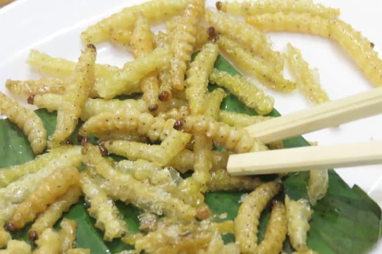 高田馬場「ノング インレイ」の竹蟲