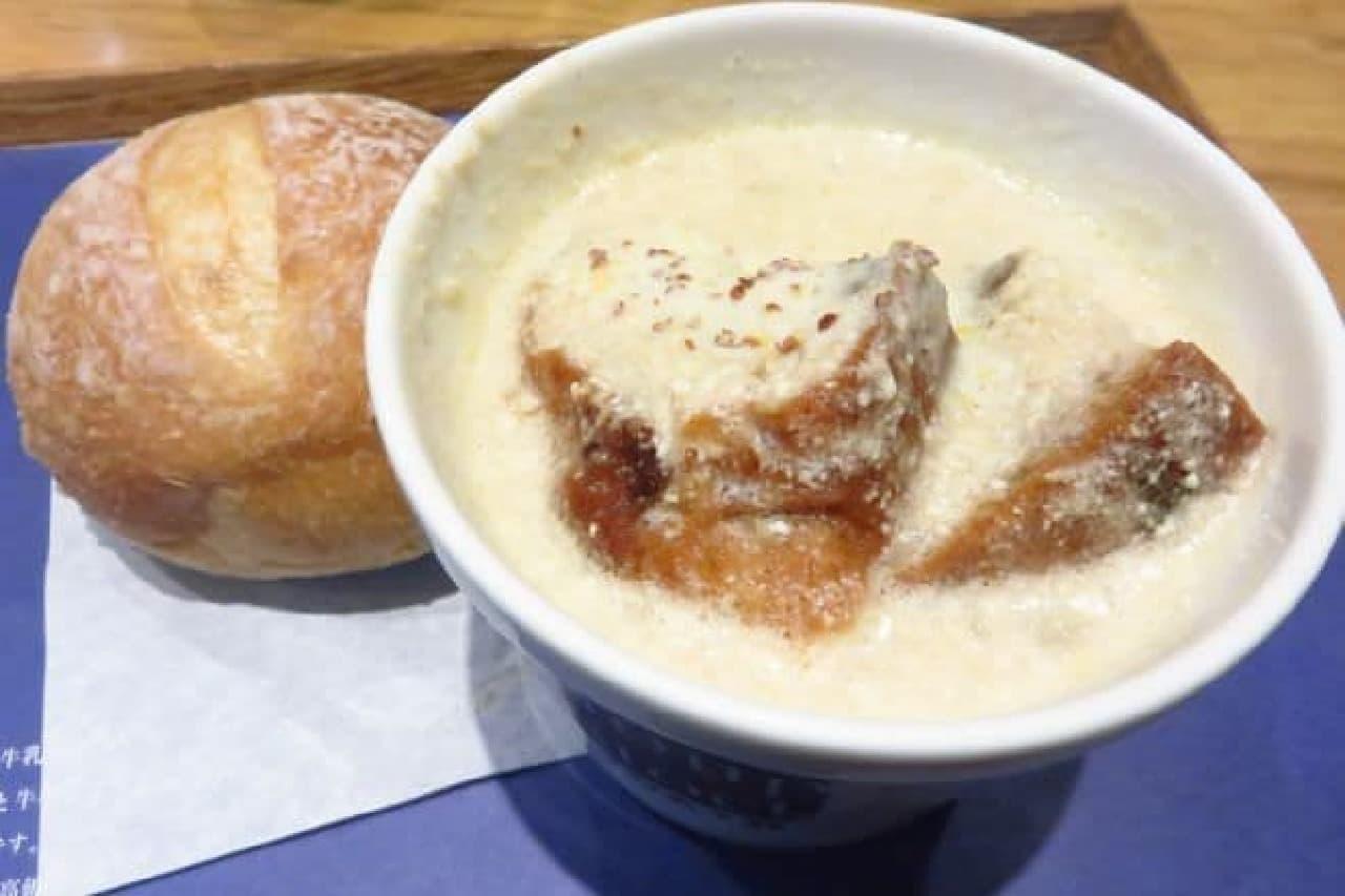 """スープストック「フェルメールの""""牛乳を注ぐ女""""のスープ」"""