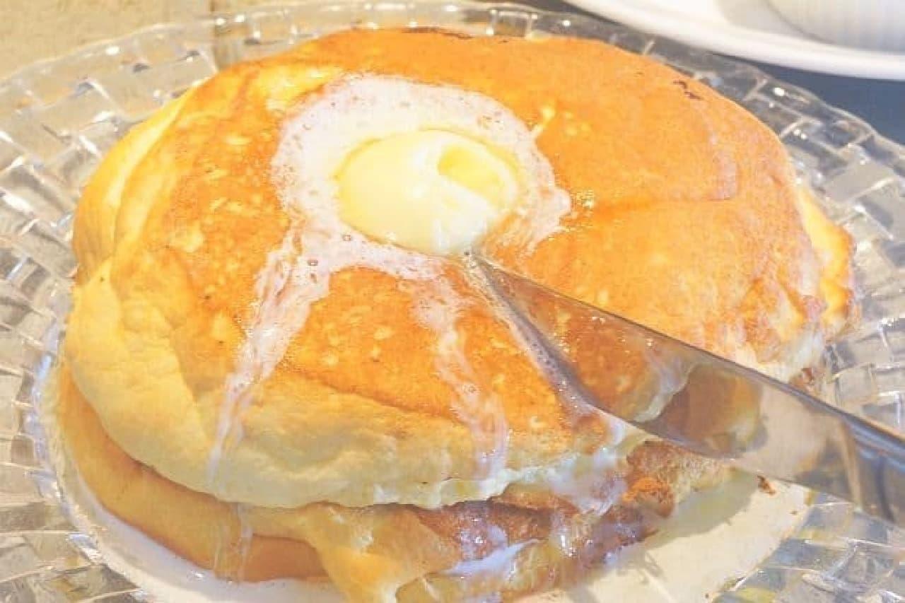 シクス バイ オリエンタルホテルの「パンケーキ」