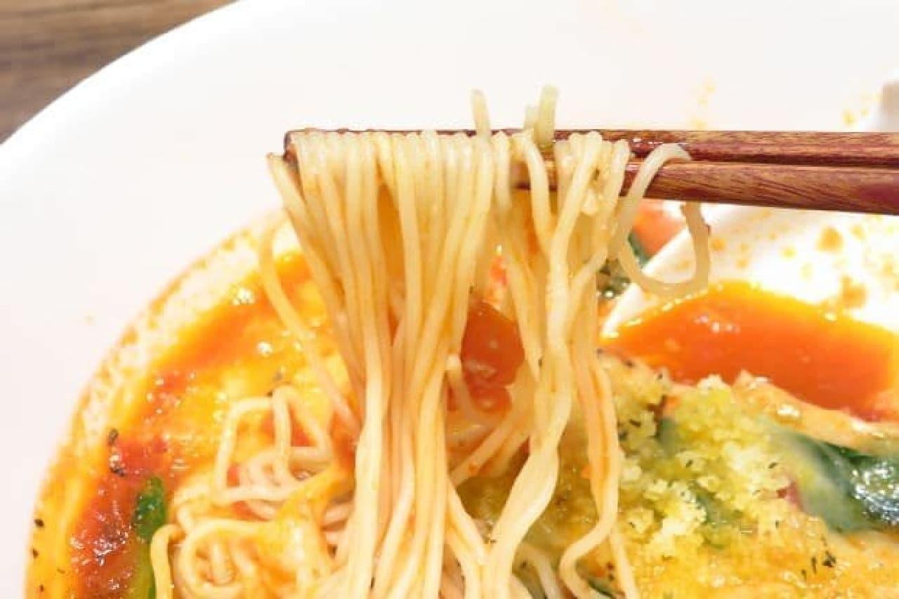 太陽のトマト麺「太陽のチーズラーメン」