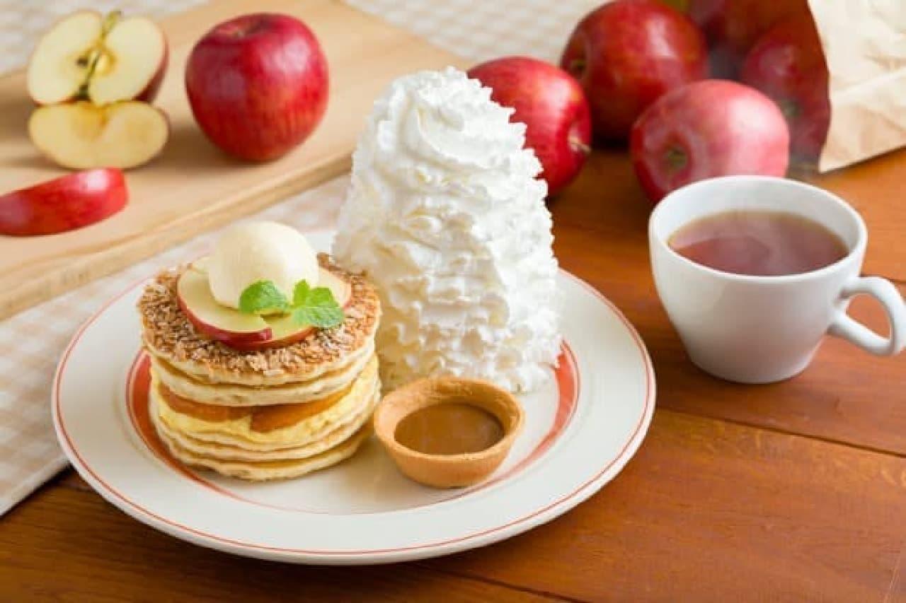 エッグスンシングスの「アップルパイ・パンケーキ」