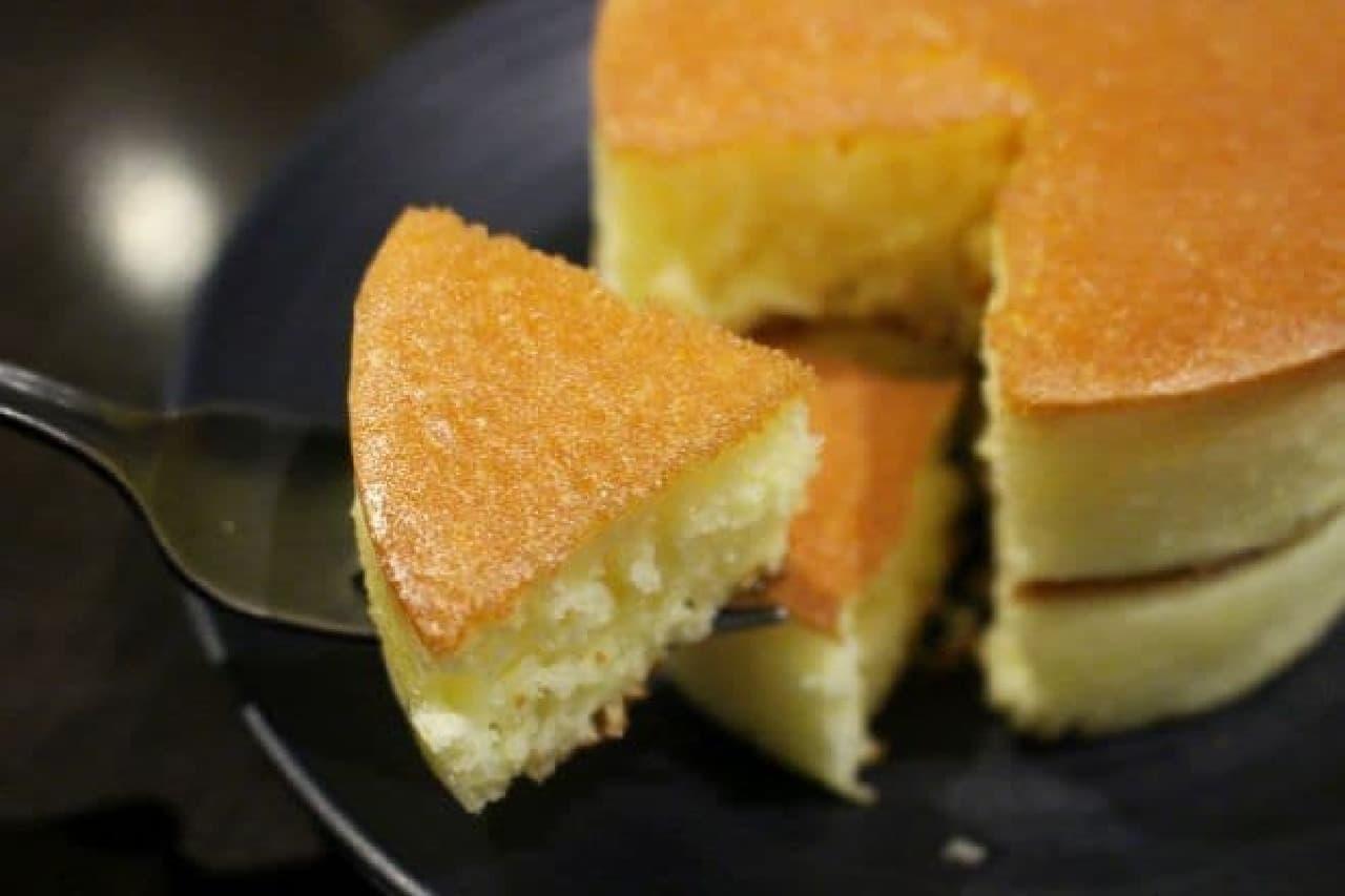 御茶ノ水「自家焙煎珈琲 みじんこ」の厚焼きホットケーキ