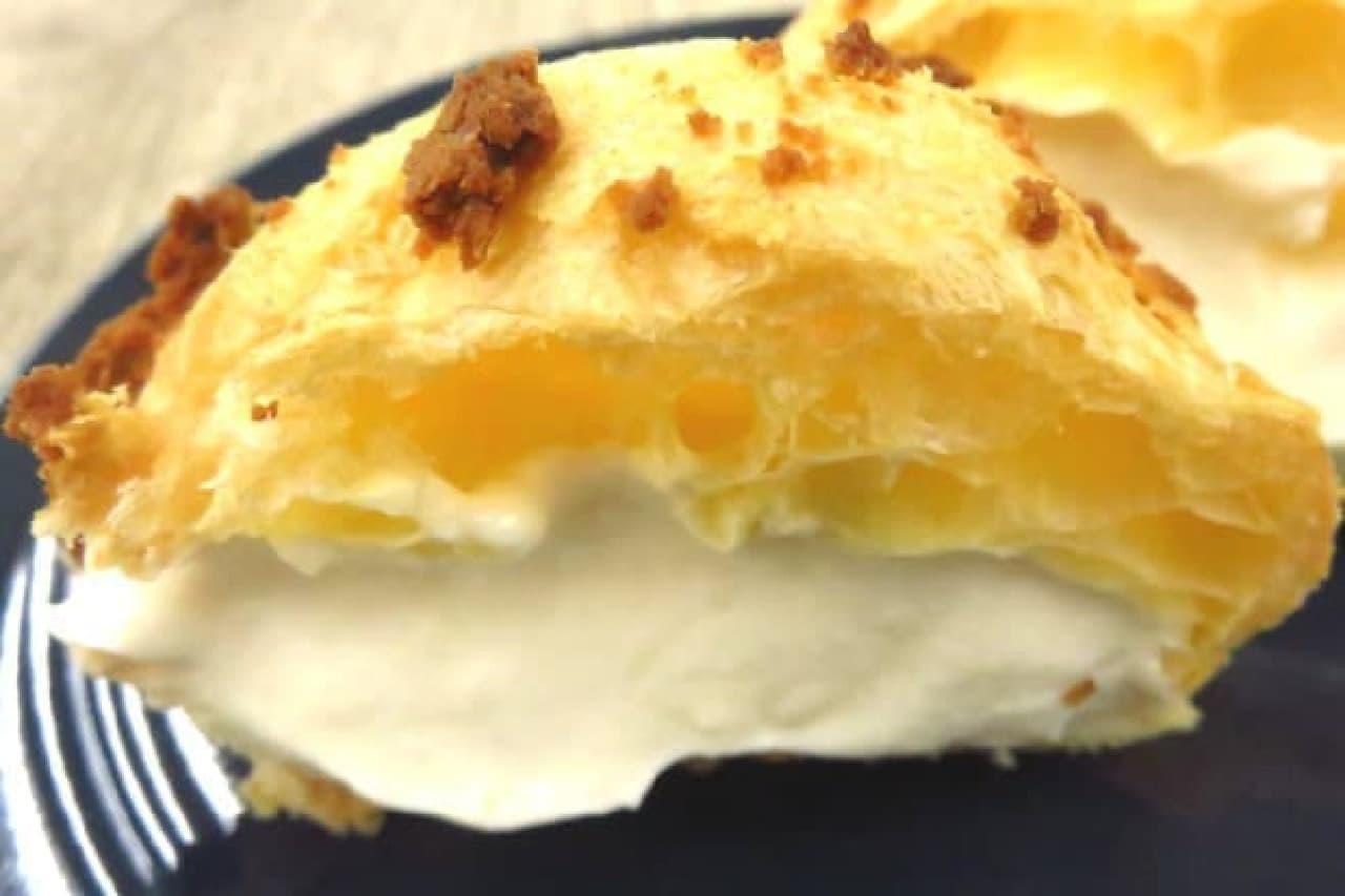 ビアードパパの「ニューヨークチーズケーキシュー」