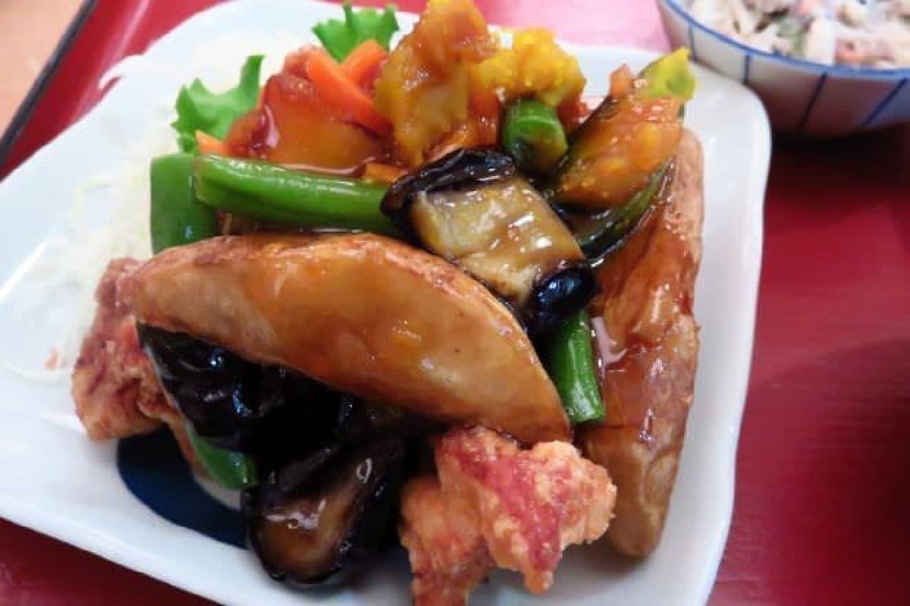 さち福や「鶏とたっぷり野菜の甘酢あん定食」