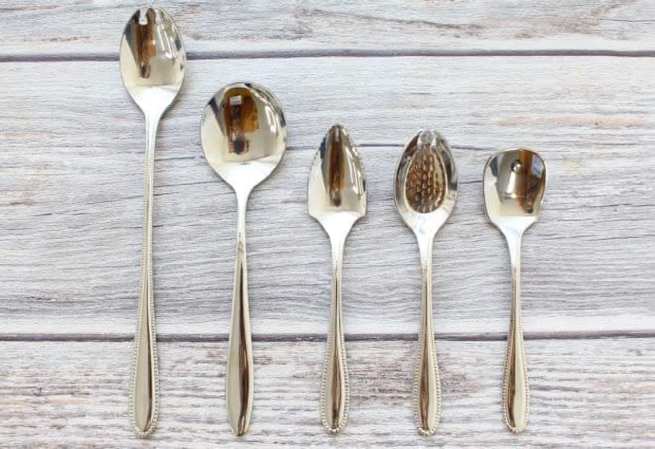 形の違う5本のスプーン、どれが何を食べる用か分かる?