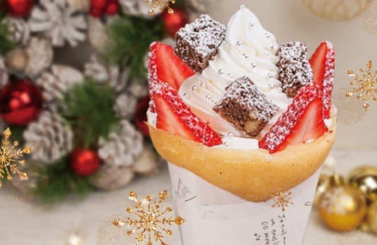 クリスマス限定クレープ「ホリデイスノーブラウニー」