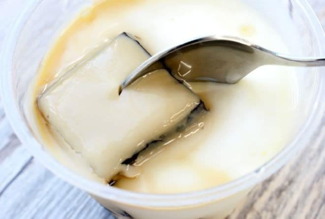 北海道産牛乳とコーヒーのゼリー