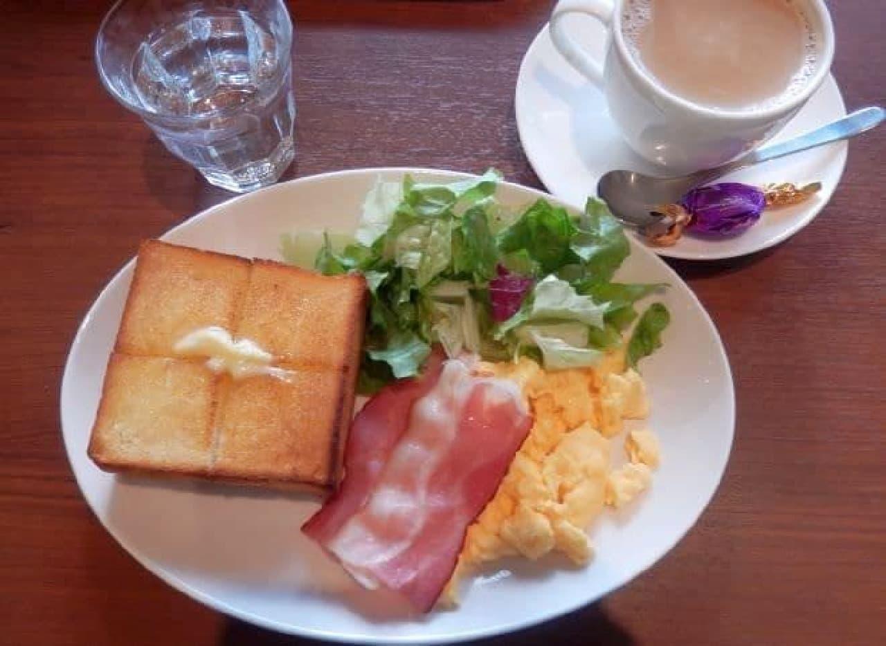 上島珈琲店のモーニング