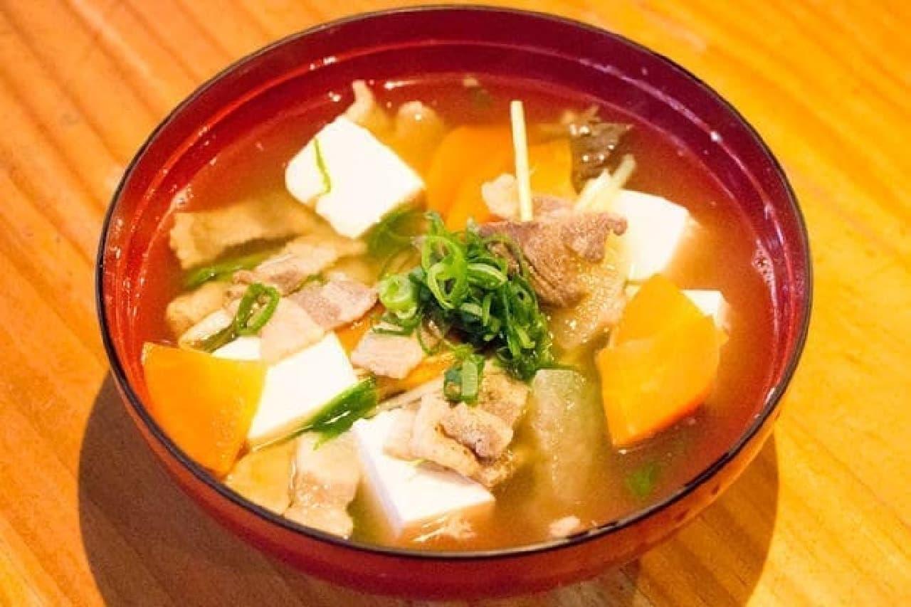 米とサーカスの「猪のお雑煮」
