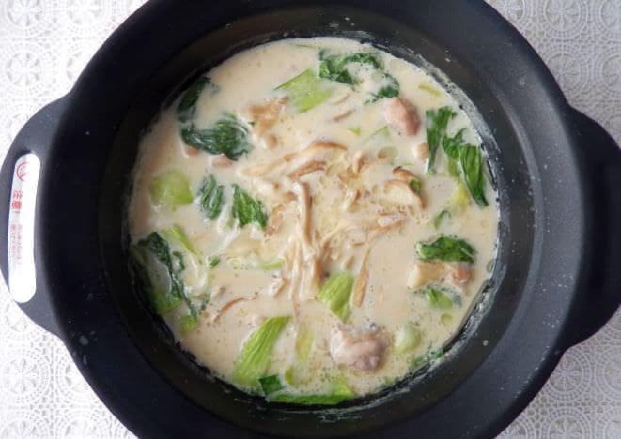 クリープで作る「濃厚クリープ白湯鍋」