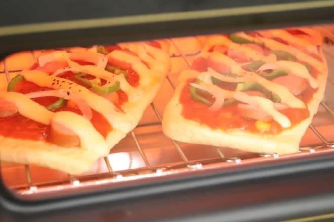 油揚げピザを作る過程
