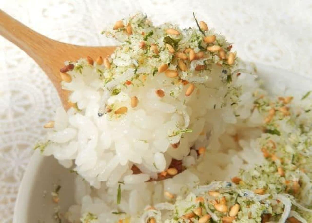 「粉チーズふりかけ」のレシピ