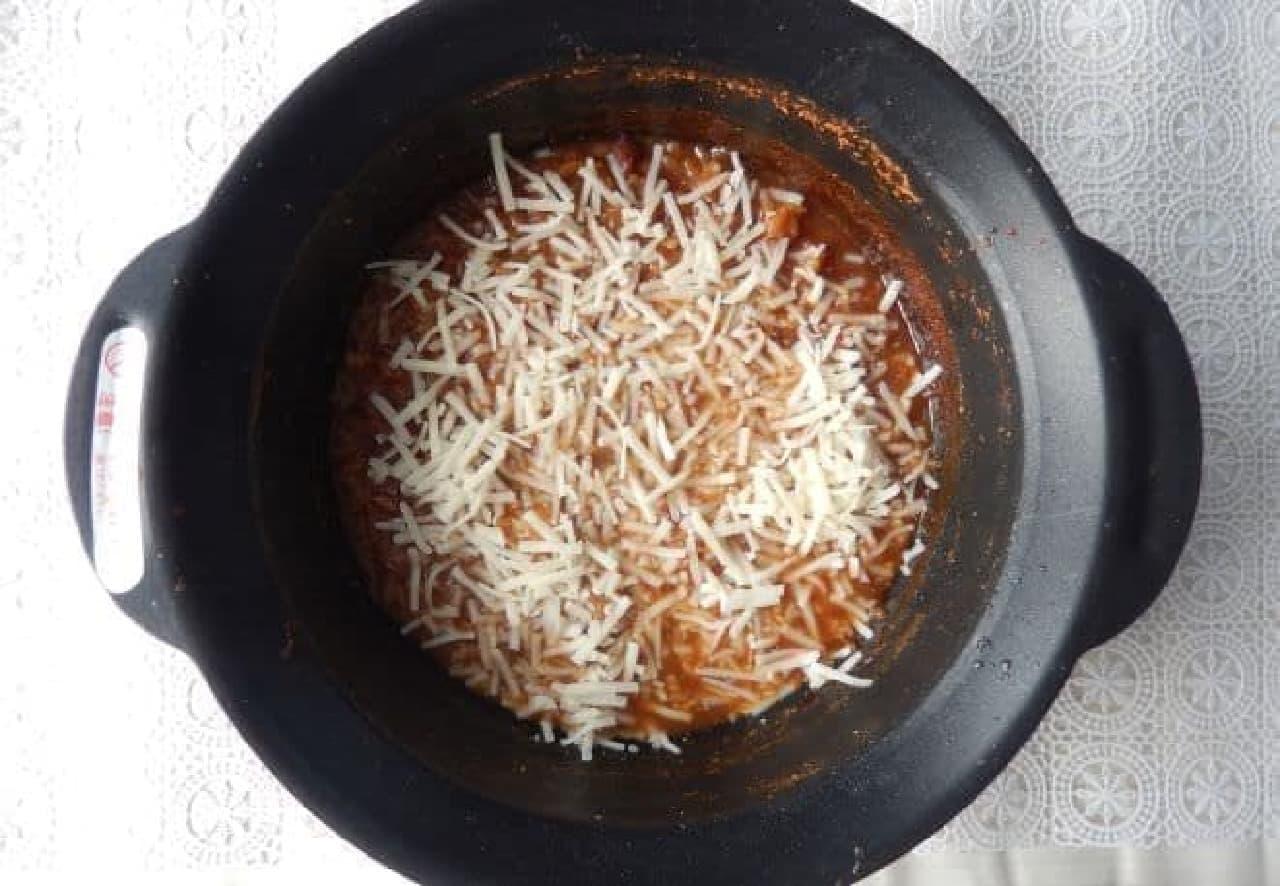 6Pチーズをすき焼きに!「すき焼きロッピー」