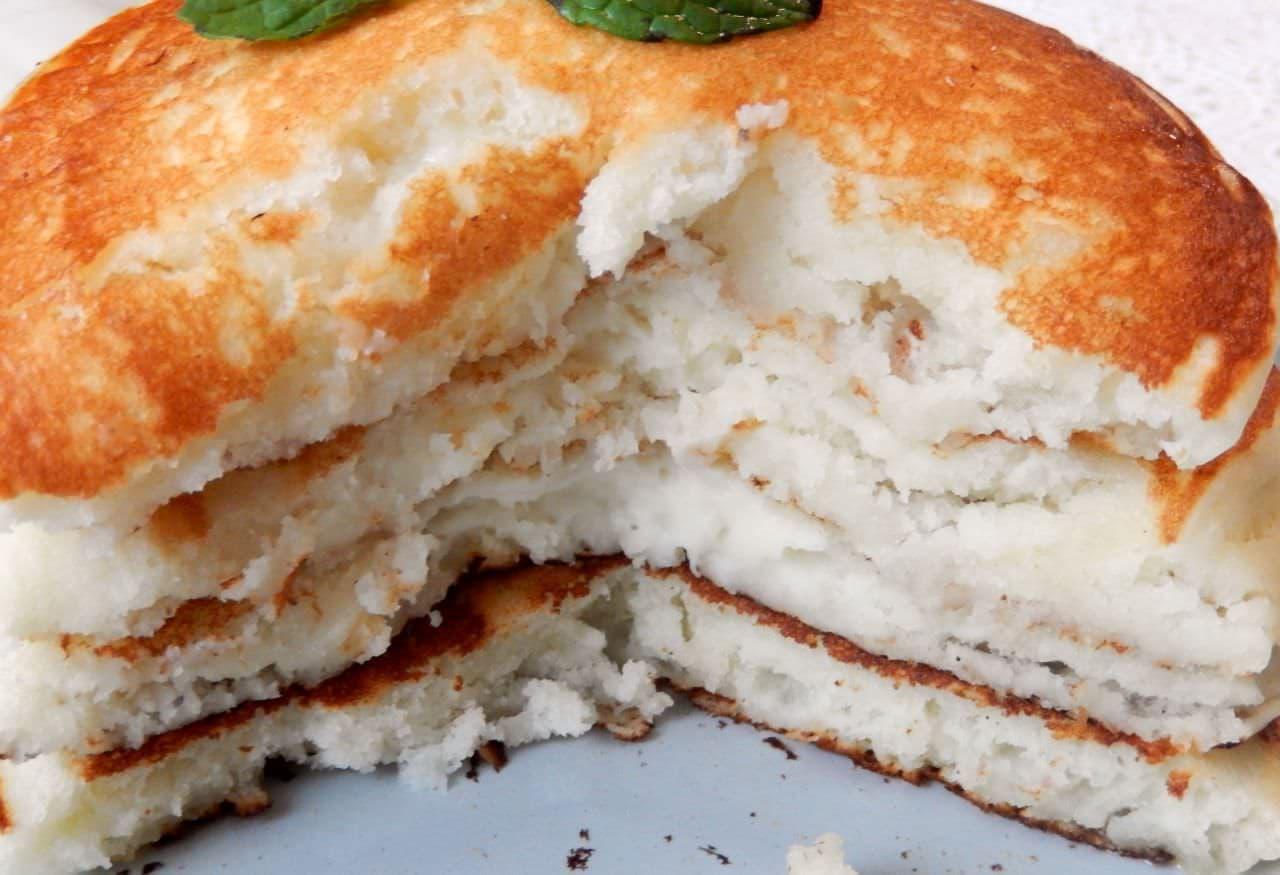 はんぺんとホットケーキミックスで作るモチモチパンケーキ