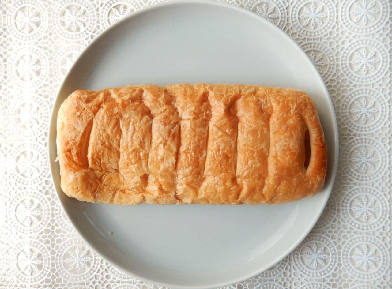 第一パン「大きな桃デニッシュ」