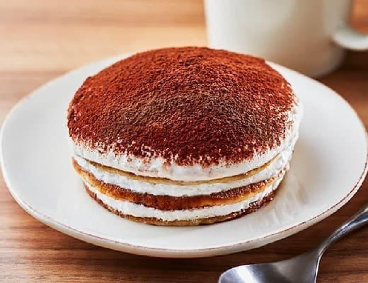ローソン「ティラミス仕立てのクリームパンケーキ」