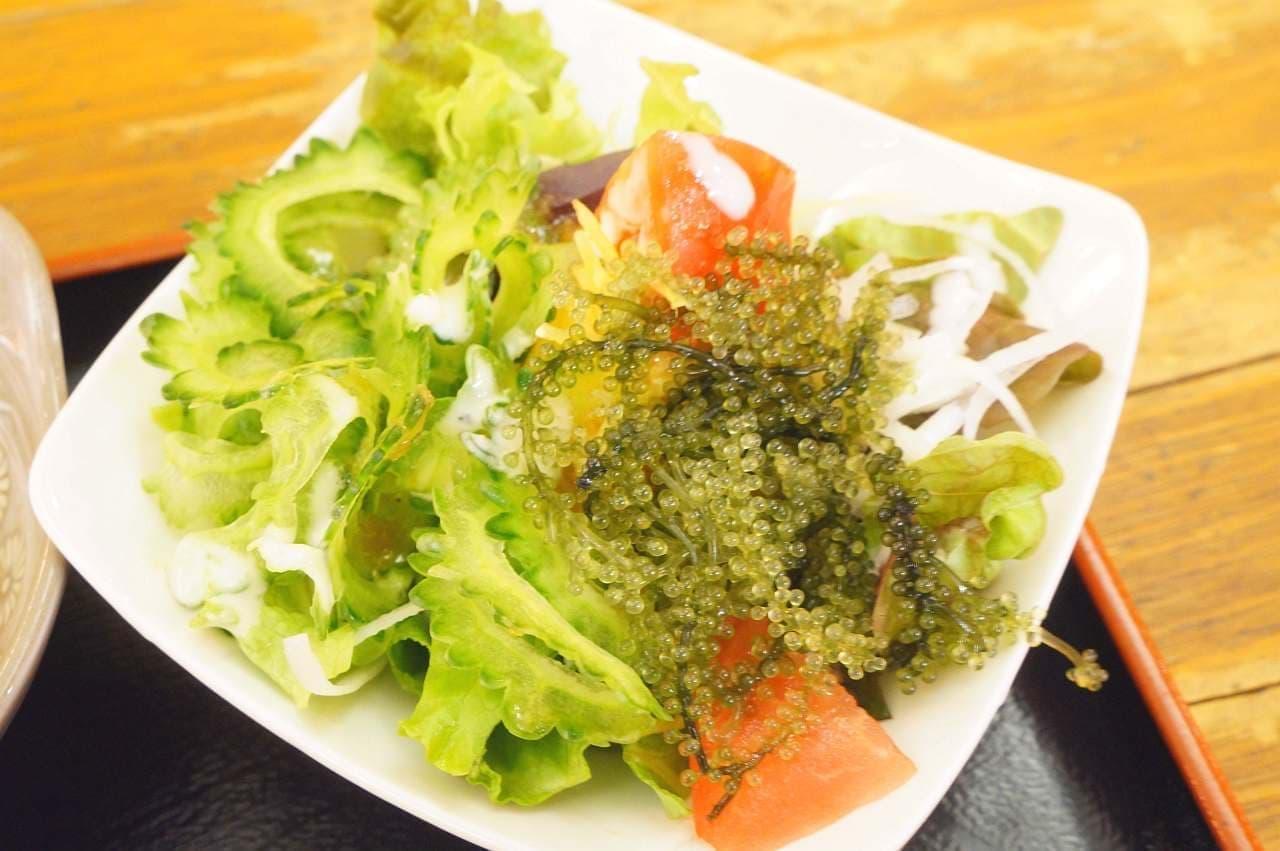 遊食家 ゆがふ「海ぶどうのサラダ」