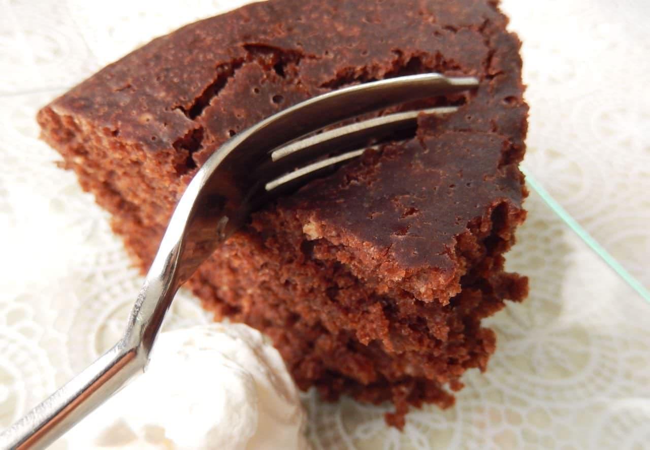 ホットケーキミックス&炊飯器で作る「チョコケーキ」のレシピ