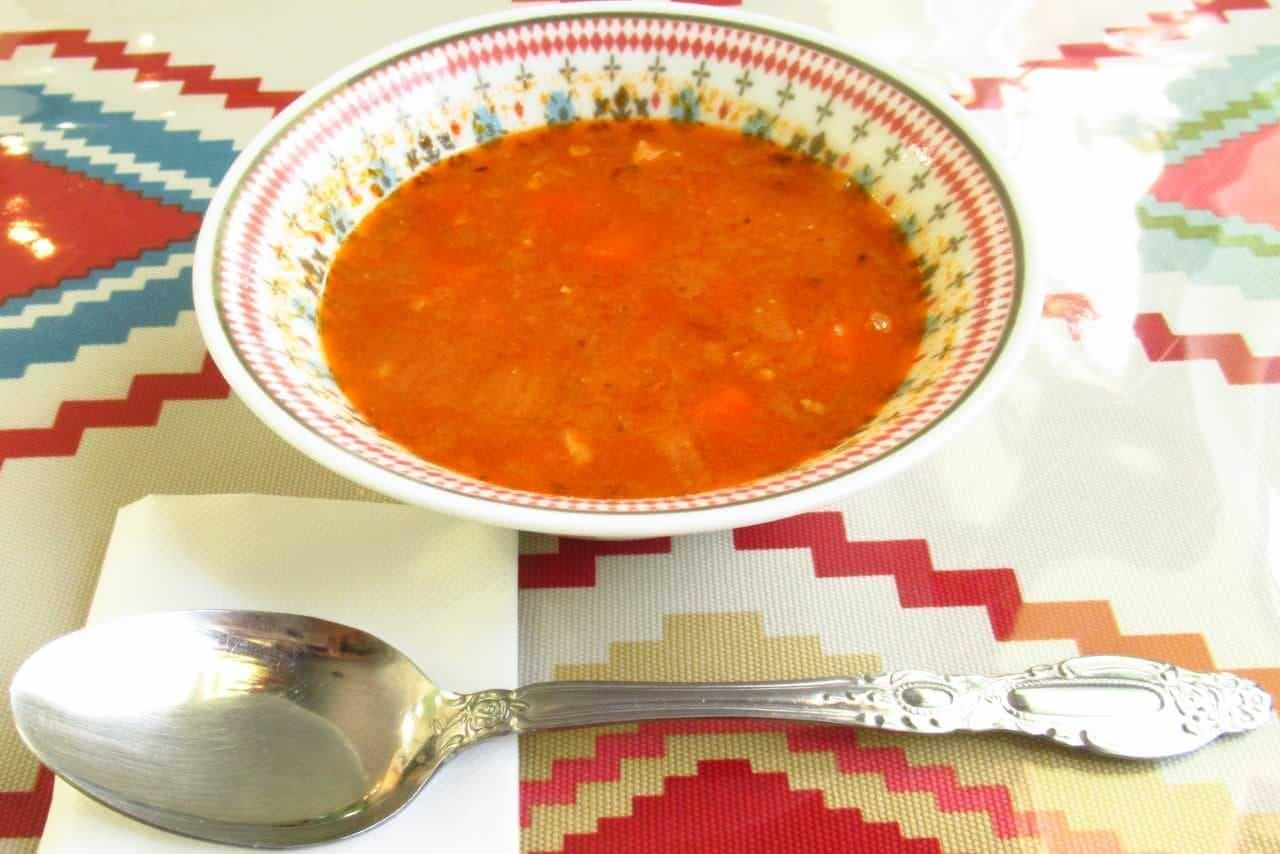 ウルムチフードアンドティーのスープ