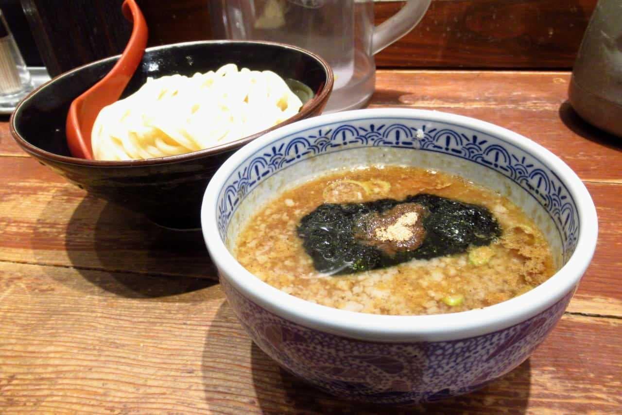 三田製麺所「背脂つけ麺」