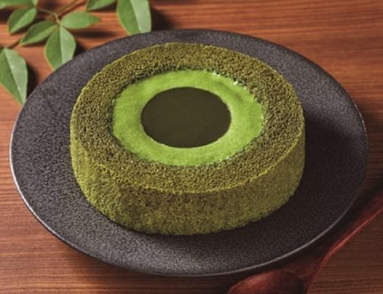 ローソン「濃い茶ロールケーキ」