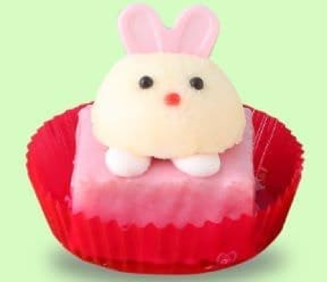セブン-イレブン「ふわふわうさぎ ストロベリーケーキ」