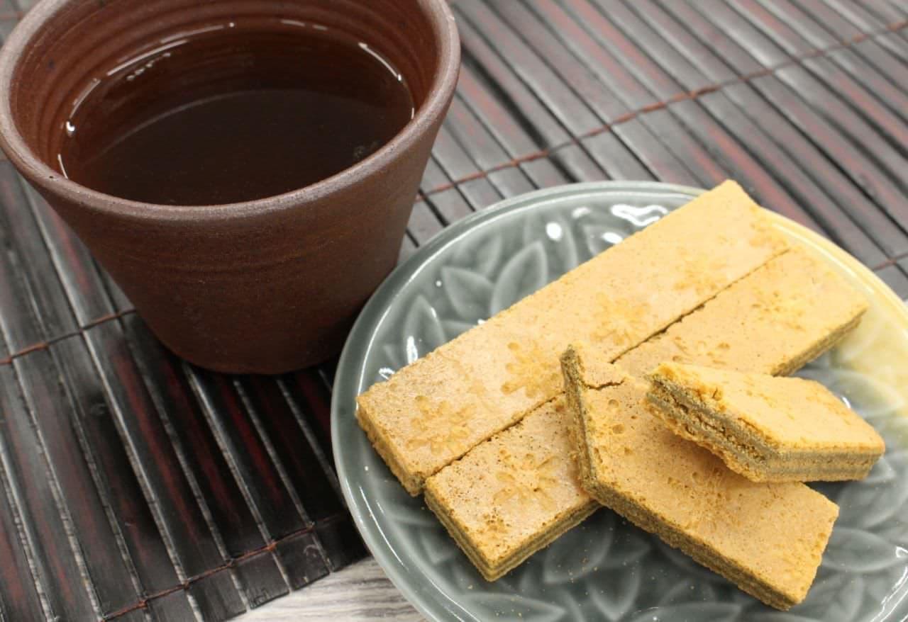 カルディ「スティッククッキーほうじ茶」