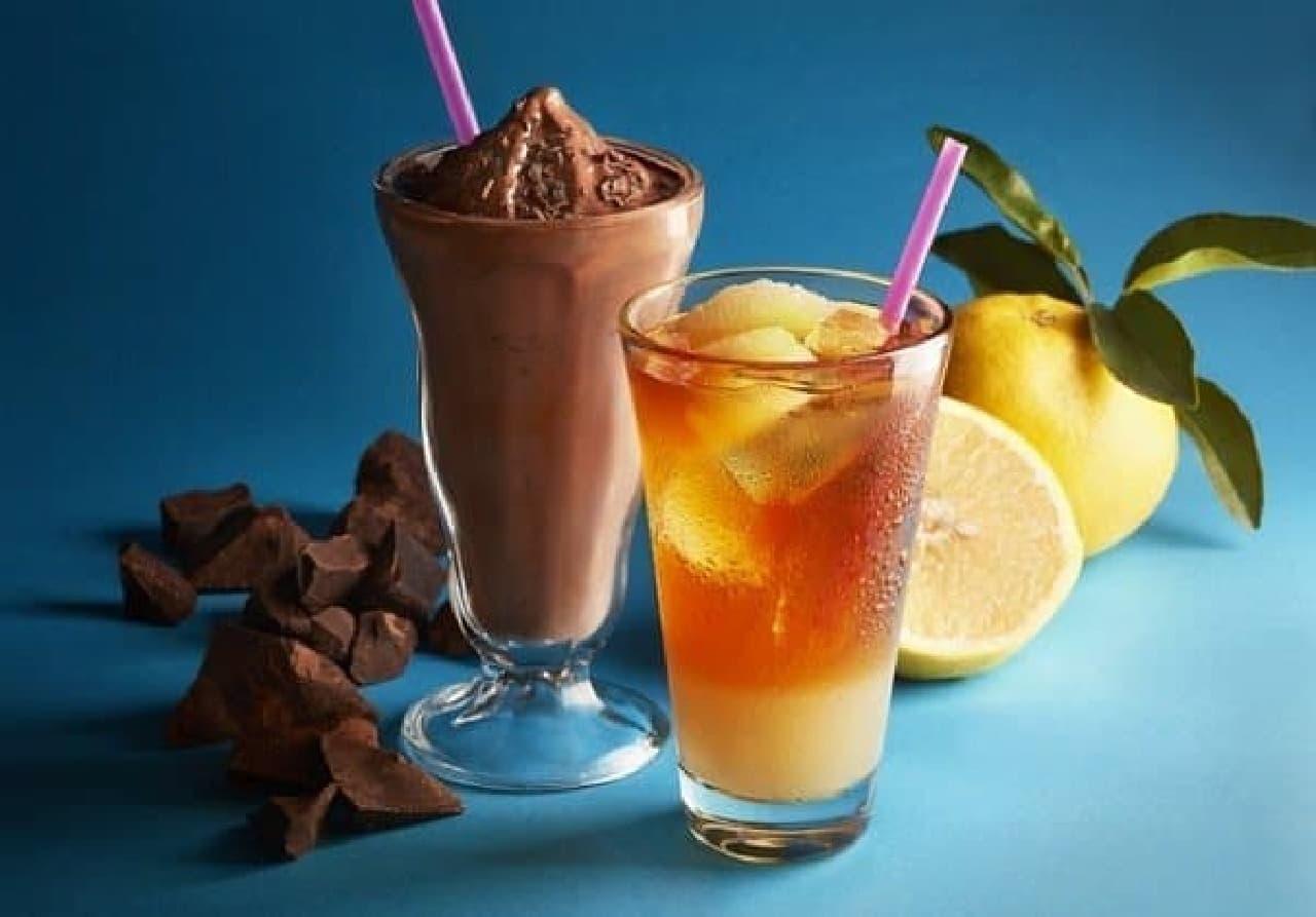 タリーズコーヒー「チョコリスタ(SHAKE)」と「&TEA グレープフルーツセパレートティー」
