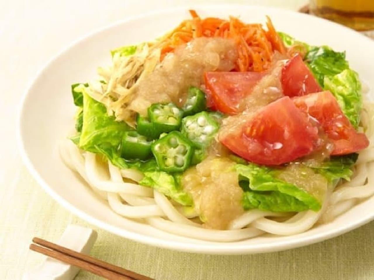 セブン-イレブン「オリーブオイル香る!7種野菜のサラダうどん」