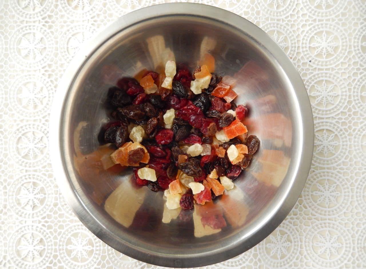 レンジで簡単「ドライフルーツケーキ」のレシピ