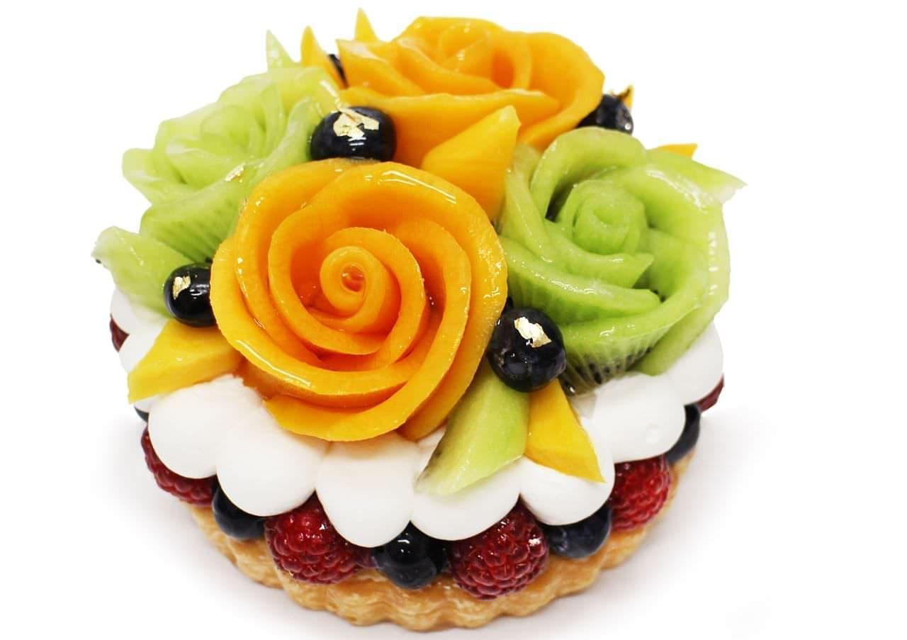 カフェコムサ「父の日限定ケーキ~マンゴーとキウイの花束のケーキ~」