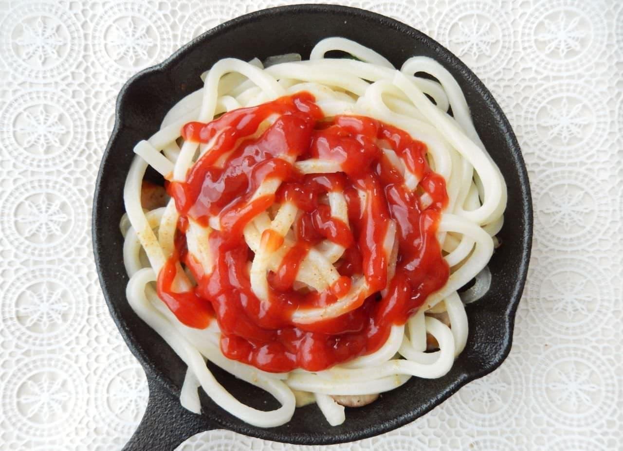 「うどんナポリタン」の簡単レシピ