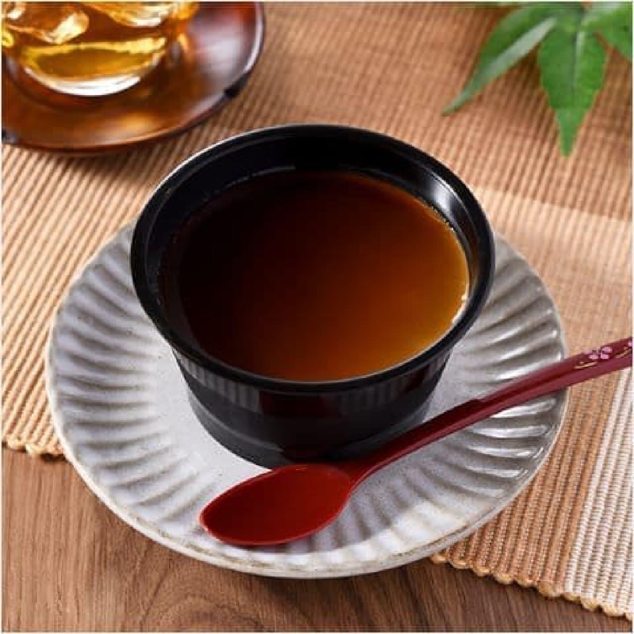 ファミリーマート「黒みつほうじ茶ぷりん」