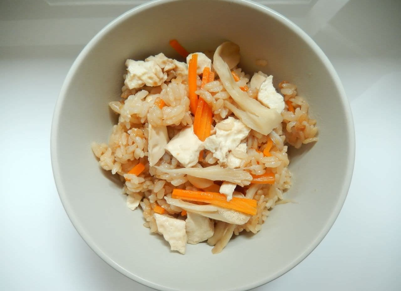 豆腐の炊き込みごはん