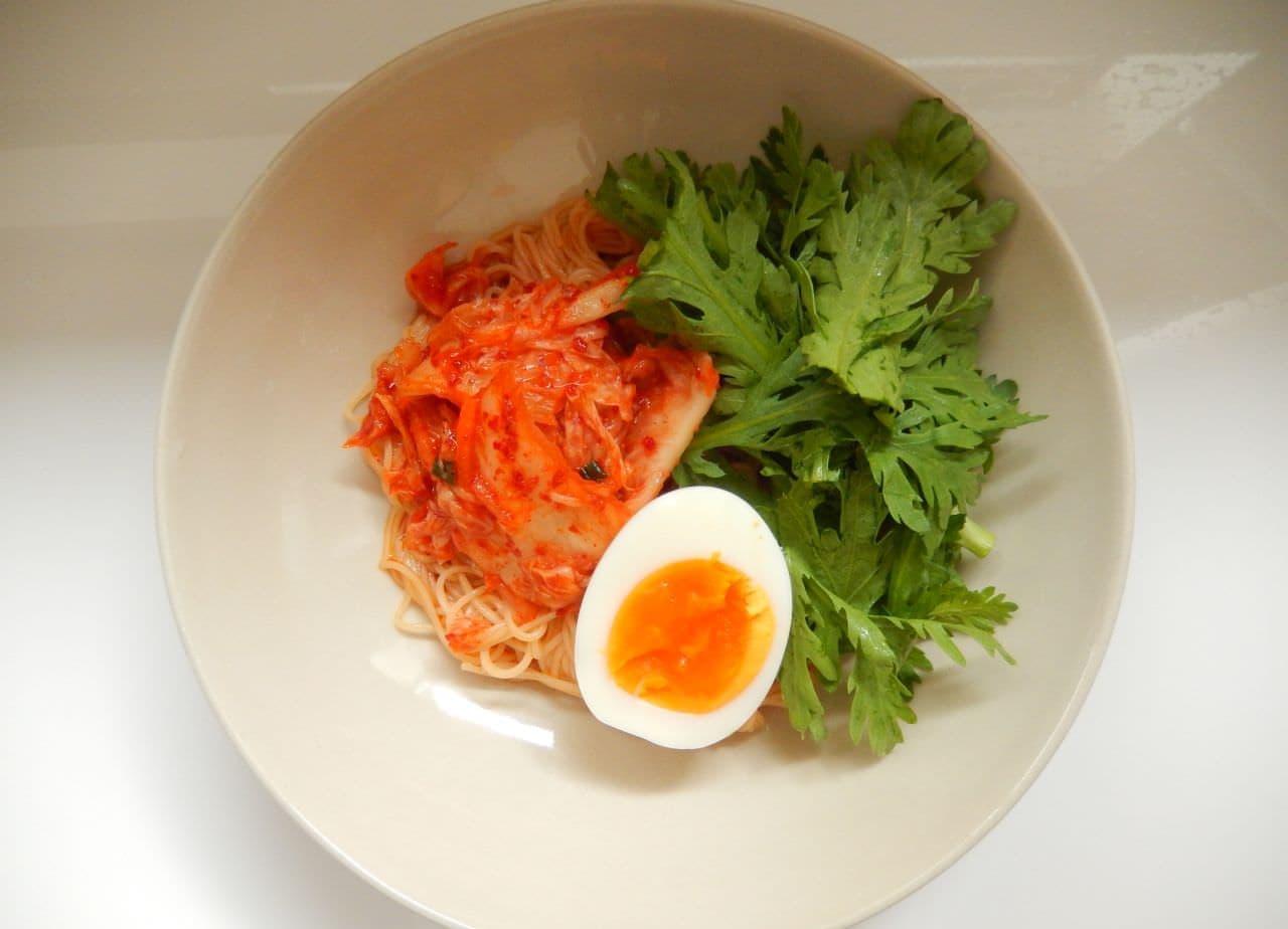 「ピリ辛ビビン麺」の簡単レシピ