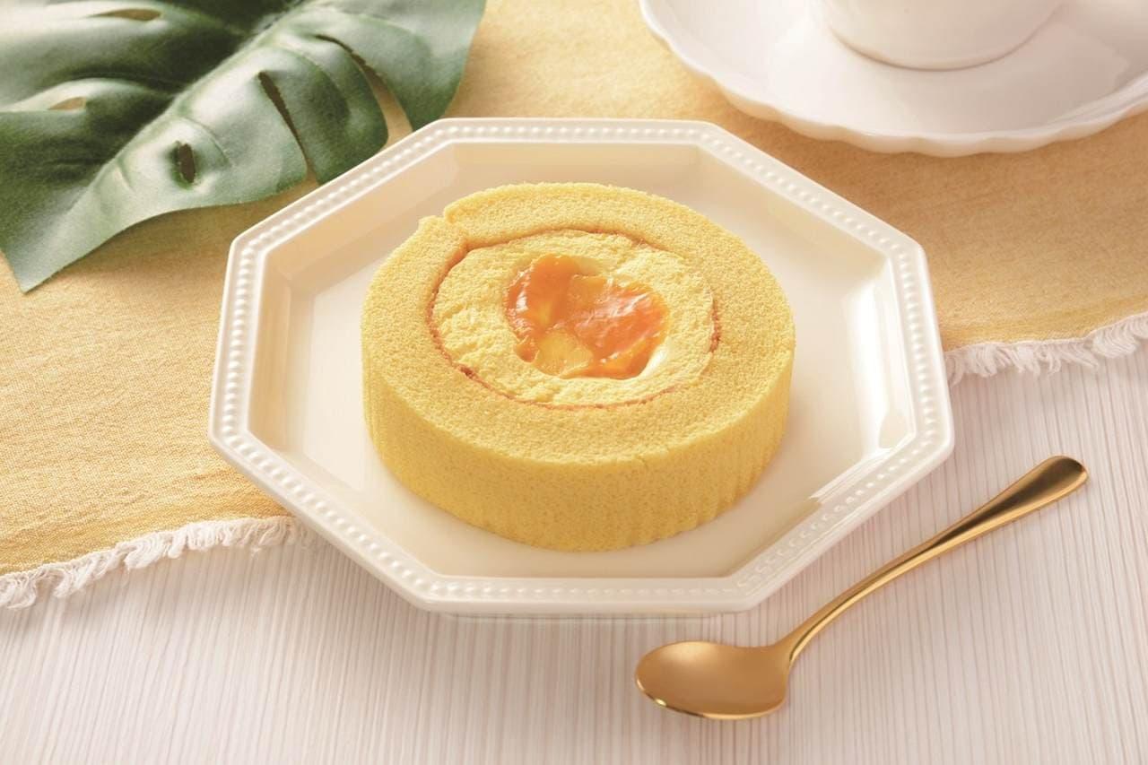 ローソンのUchi Cafe マンゴーとパッションフルーツのロールケーキ
