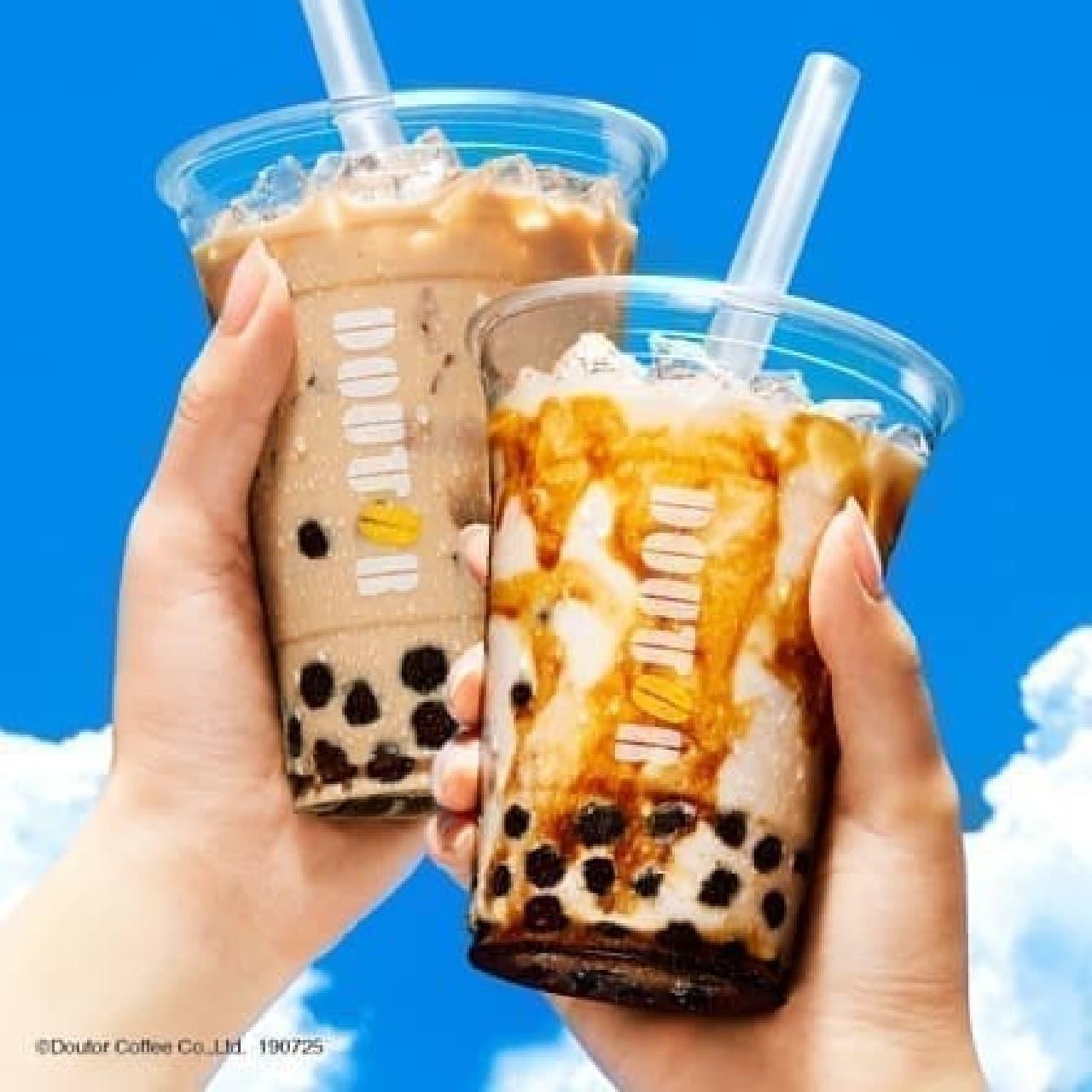 ドトールコーヒー「タピオカ ~黒糖ミルク~」と「タピオカ ~ロイヤルミルクティー~」