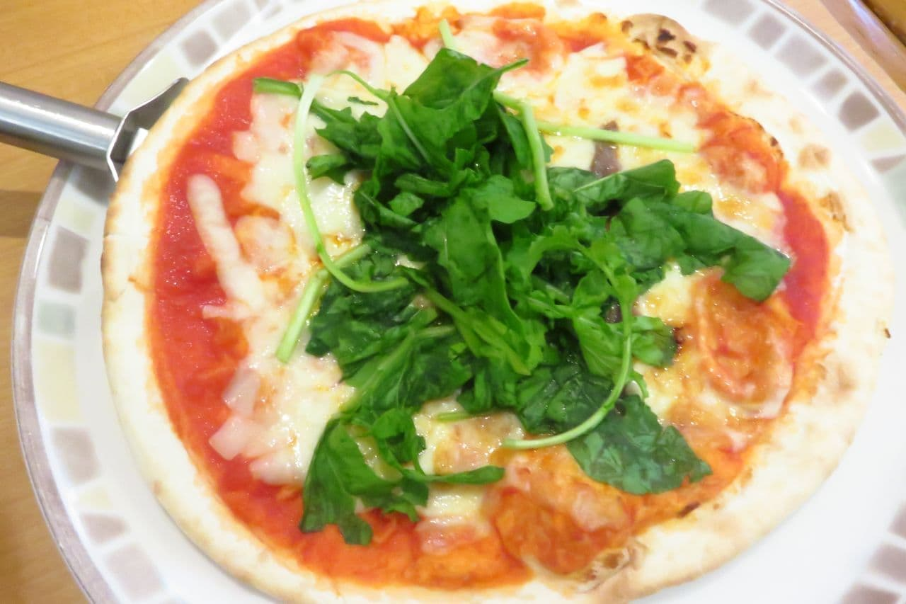 サイゼ「アンチョビのピザ」