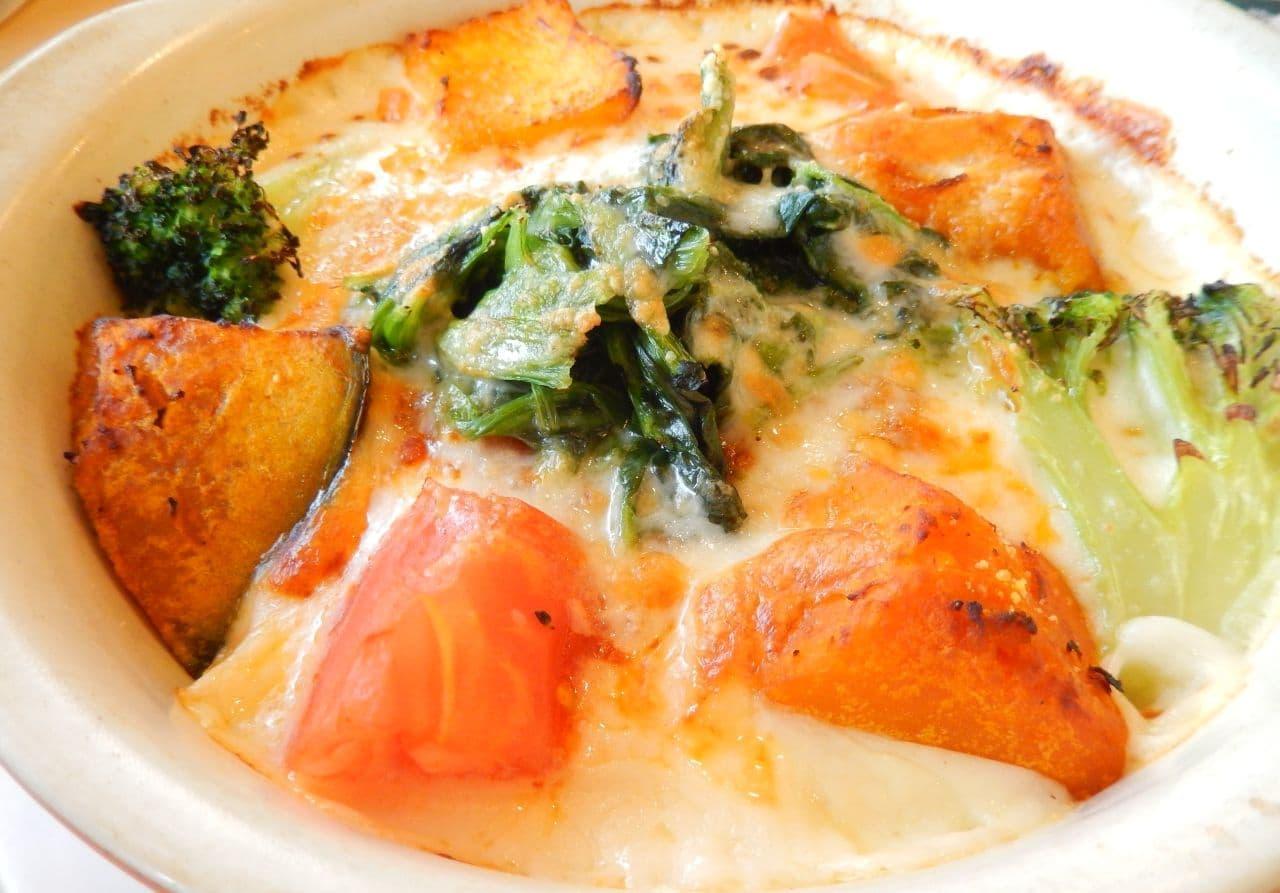 ジョナサン「1日分の緑黄色野菜が摂れるドリア」